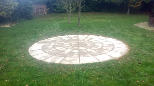 circle-patio-in-north-norfolk-5